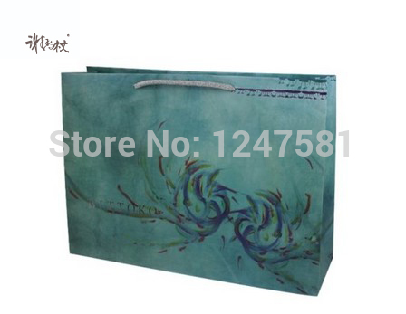 Christmas gift paper bag with sticker made by hand from china supplier with good quality(China (Mainland))