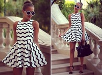 2015 Summer Casual Black and White Wavy Lines Sleeveless Round Collar Fashion Dress Women's  Dress Free Shipping A378-90