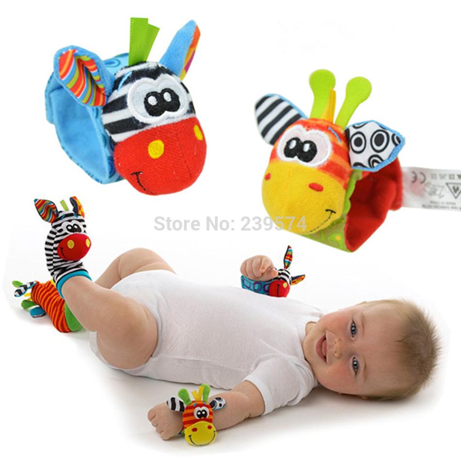 Chocalho do bebê brinquedos 2014 New Garden Bug Wrist Rattle pé meias Multicolor 2 pcs de cintura 2 pcs meias = 4 pçs/lote grátis frete(China (Mainland))