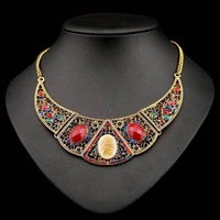 N-Z New Arrival Hot Seller Crystal Pendant Necklace for Women Geometric Shape Jewelry with Rhinestones Gold Plated JS-NZ0048