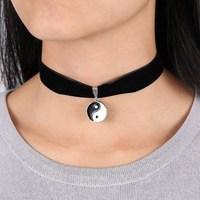 2015 New Adjustable Black Velvet Ribbon Choker Black Pearl Vampire Restoring Silver Pendant Necklace Hot Christmas Gifts