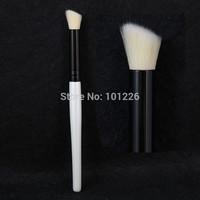 Professional Makeup Angled Contour Brush Soft Antibacterial Fiber Hair Shadow Highlighting Make Up Brush