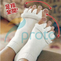 1 Pair Yoga GYM Massage Five Open Toe Separator Socks Health  Winter Foot Alignment Pain Relief Hot Health Beauty Women F0235