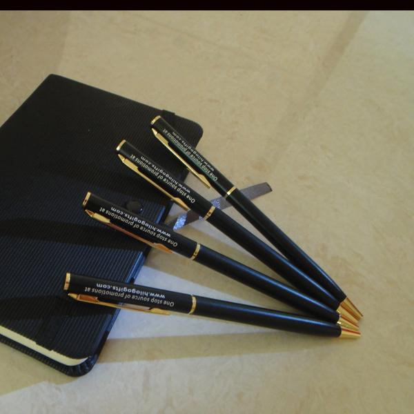 шариковая-ручка-pandas-shop-drop-40-rollerpen015