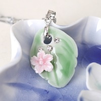 2014 New arrival Leaf Shaped Ceramic Pendant with Flower Necklace Beautiful Sweater Chain Free shipping
