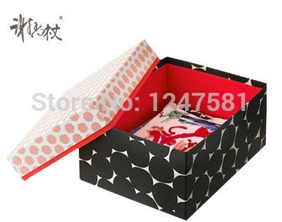 2014 hot sale Custom Logo Printed Folding Hard Cardboard Clothes Scarf Packaging Box(China (Mainland))