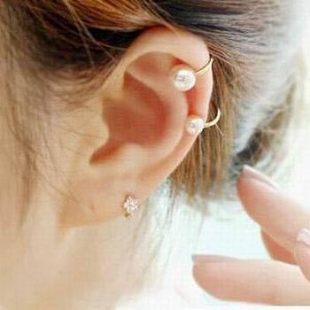Trendy Women S Jewelry Trinkets Small Size White Pearl Flower No Ear Pierced Clip Earrings Yye635
