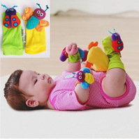 2014 new infant Baby kids rattle toys high Contrast Foot Socks christmas musical toy for babies boys girls Children gift 2p/lot