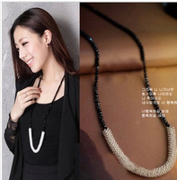 Min. Order(Mix Itme) 2014 New Korean Fashion Black Beads Sweater Necklace Crystal Pendant Long Necklace Women FN0368
