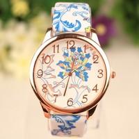 New Style Fashion Popular Ethnic Chinese Flower Quartz Watch PU Leather Analog Dial Dress Watch Women Casual Watch Wristwatch