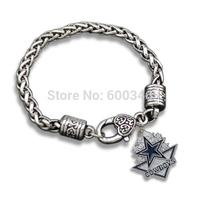 Yiwu made antique silver retro single side Dallas Cowboy charms bracelets customize made