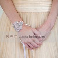 Hot New arrival Vintage applique Bracelet Wedding jewelry handmade rhinestone bridal cuff Shinning wedding accessories XI07
