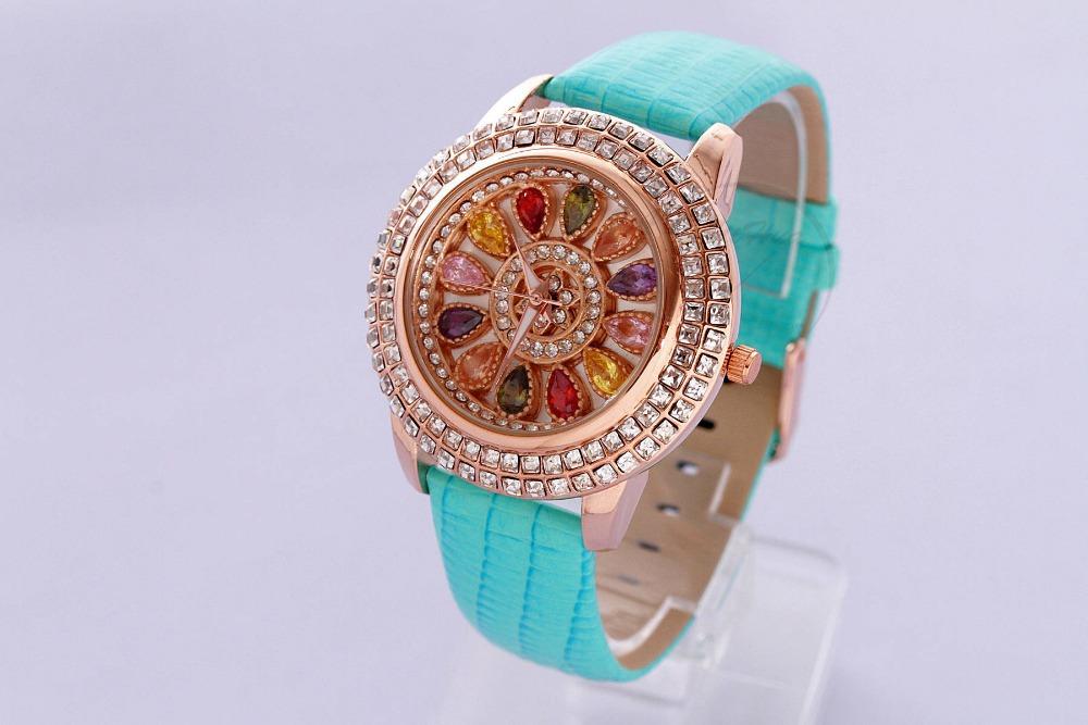 Women's Rhinestone Watches Shiny Dress Watches Creative flower Watch Quartz diamante casual watches Crystal Time Show 1010(China (Mainland))
