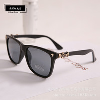 2014 10pcs Square Style Plastic frame Glasses Women Men Fashion Coating Sunglass Luxury Carving Brand Sunglasses Oculos De Sol