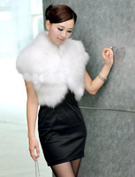 2014 Autumn and Winter Warm New Artificial Fur Vest Women Fox Fur Waistcoat Jacket Clothing