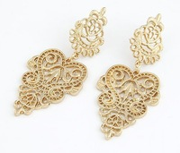 Min. order $10(Mix order) Girls New 2014 Fashion Charm Hollow Lamp Gold Stud Style Dangle Earrings for women jewelry Z&E10002