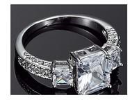 Luxury Circular Micro Inlay zircon Elegant Simulation a Diamond Ring