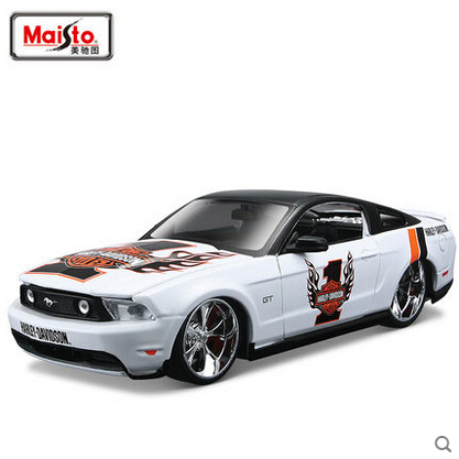 1/24 MAISTO 2011 Ford Mustang GT H-Davidson VERSION Diecasts Collection Scale Car Models(China (Mainland))