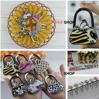 Handbag shape printed Leather Women Handbag Hangers Fashion Printed pattern Purse Hangers Handbag Holders Hooks