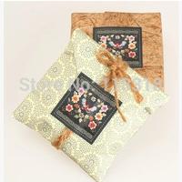 Wholesale,(1 Lot =300 Pcs) 5*5 CM DIY Scrapbooking Sealing Sticker Kraft Paper Butterfly Flower Labels Baking Sticker