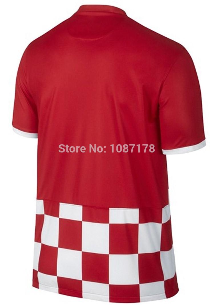 2014 coupe du monde à domicile croatie rouges maillots de foot MANDZUKIC 17 MODRIC 10 personnaliser gratuits coupe du monde 2014 en croatie home jerseys + short(China (Mainland))