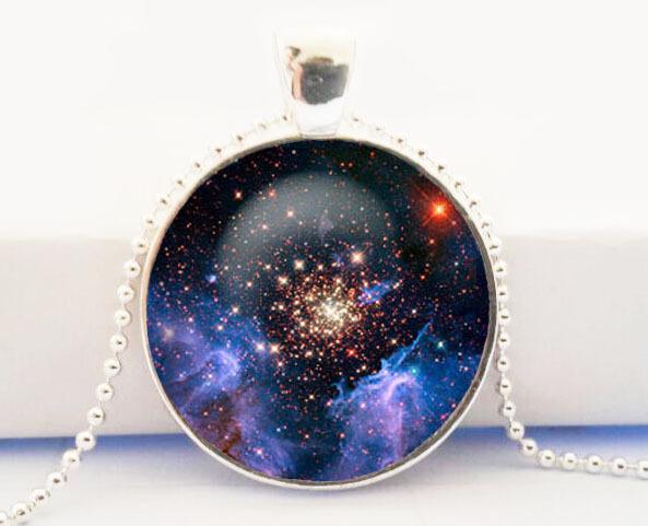 Starburst galaxy Universe Necklace ,nebula charm jewelry , gift for men women ,glass dome art necklace(China (Mainland))