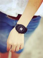 2014 Casual Watch Women Dress students Watch Quartz skull men Silicone watches Unisex Wristwatch Fashion Sports watch