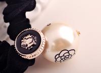 2014 new fashion personality wild personality OL temperament small fresh camellia big black velvet pearl hair accessories  F7078