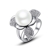 2015 New Fashion Silver Austrian crystal platinum three white Simulated-pearl ring G149