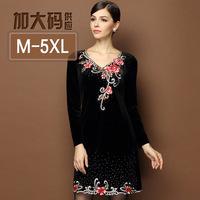 M-5XL Brand Women Vintage Velvet Dresses Diamond Beaded Floral Embroidery V-neck Long Sleeve Autumn Winter Dress Big Size XXXXL