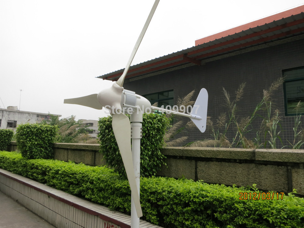 1pcs 3 blade hybrid solar wind power generator small wind turbine 400W for homes(China (Mainland))