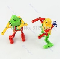 D19  hot-selling newest  Children Spring Yellow Green Red Wind Up Dancing Robot Kids Clockwork Toy Gift Free Shipping