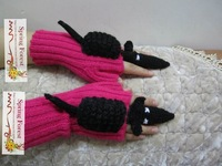 New 100% Hand Knitting Wool  Mrs Novety gloves Funny animal style keep your wrist good gift