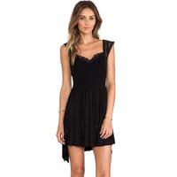 2014 new sleeveless V-neck strap multi-level cross-crease asymmetric  dress