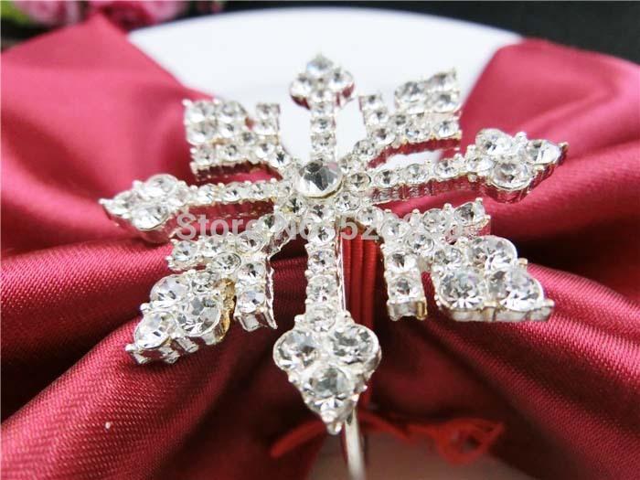 2014 NEW . Rhinestone Napkin Rings ,Wedding Table Decoration ,Rhinestone Holders . Free Shipping(China (Mainland))