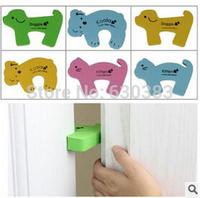 Thicken the security card Cartoon door to block wind door clip Avirulent insipidity Children's baby safety protective equipment