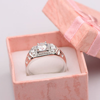 Low Price Wholesale 18K White Gold filled 8.75# Womens Rings inlaid crystal jewelry free shipping