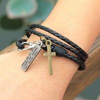Manufacturers Wholesale Fashion Leather Bracelet Men's Black Restoring Ancient Ways Popular Multilayer Bracelet Free Shipping