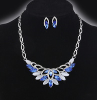 free shipping  ! Rhinestone  Pendants & Necklaces Jewelry set   short necklace and earring For Women  F142