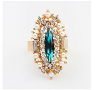 Fashion Exquisite Pearl Rhinestone Ring
