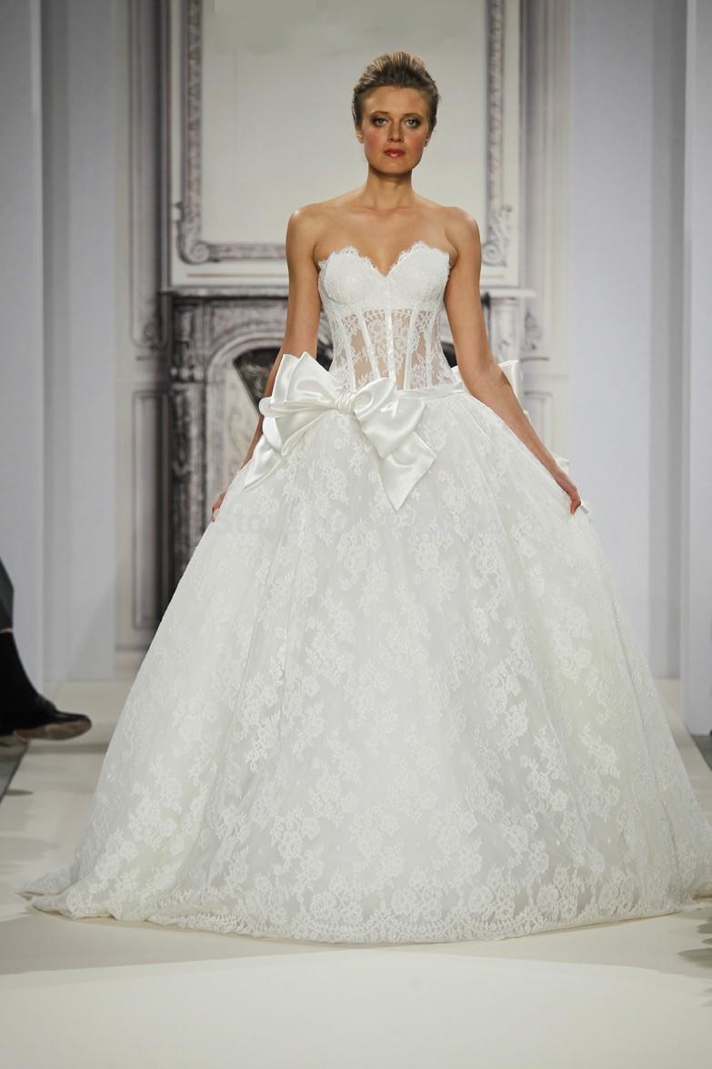 Viktorianische Spitze Hochzeitskleid