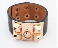Fashion wide Bracelet New Fashion