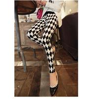 TOP!!!!2014 new women Korean Black & White Prismatic leggings in spring autumn winter ninth pants