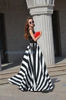 2014 Korean version of the explosion models in Europe lace Slim put on a large beach stripe dress mopping the floor