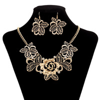 Free Shipping! wholesale!  fashion vintage  hollow flower high quality jewelry necklace sweater chain jewelry zz29