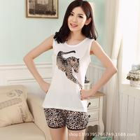Taobao wholesale manufacturers recruit an agent on behalf of female leopard milk silk pajamas suits tracksuit vest