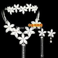 Free shipping!Bridal Jewelry -Nice Rhinestone Wedding Jewelry Sets with Tiara Necklace Earring ,white flowers