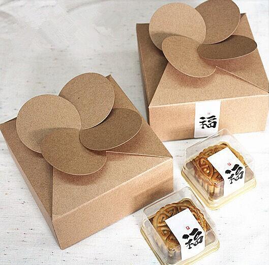 12*12*5cm,Leaf Clover Kraft paper Craft Box handmade soap Gift Bakery candy Box(China (Mainland))