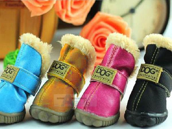 10 pcs/beaucoup. skid chien coton imperméable à l'eau des chaussures chaudes 4pcs/set