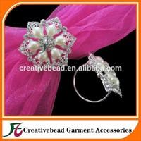 Free Shipping Custom Crystal Rhinestone Silver Brooch NAPKIN RING Holders, Wedding Table Decorations, Bridal Brooches